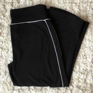 Athletic Works cropped black leggings